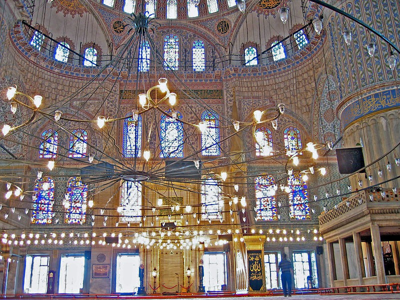 800px-Sultan_Ahmed_Mosque2.jpg
