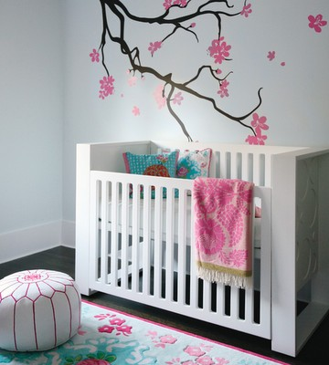 baby+girl+nursery+style+at+home.png
