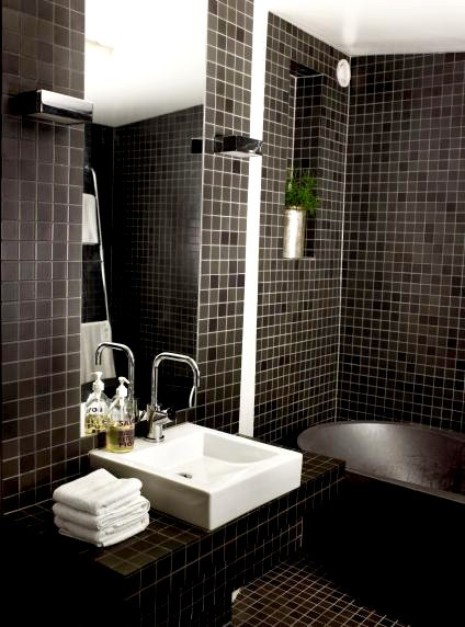 jimmy_bath_bathroom_black_tile_03.jpg
