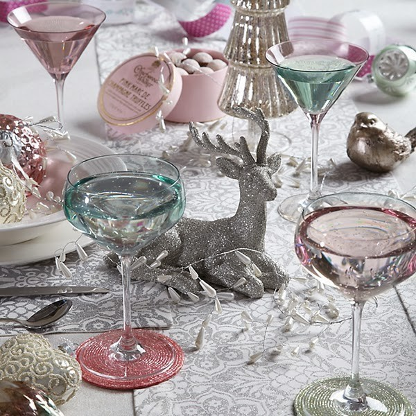 vintage-market-pastel-dining-table-chris